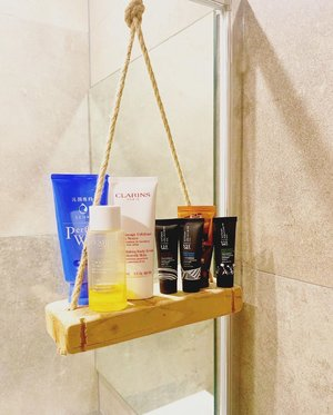 Balancing my shower products! @veriucamperdown . XOXO, Melissa #makeupartist #sgbeautyblogger