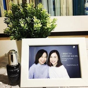 Can't believe it has been 20 years since we first met at work! Both of us still look as young haha :) Thank you @lancomeofficial for the lovely photo! #clozette #lancomesg #LoveYourAge #partnerincrime #girlfriends