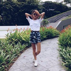 New floral skirt from @cheriexsh's wardrobe 👐 #vscocam #clozette #ootd