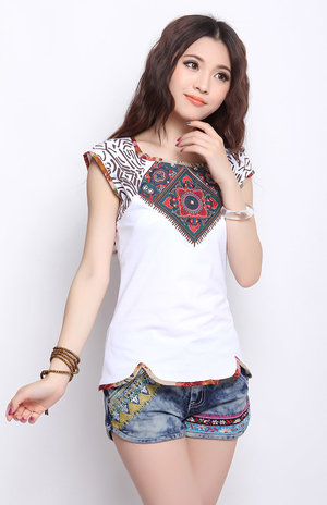 Outstanding woman should have outstanding sense, Ethnic Style Denim Shorts is the best choice for casual outing.