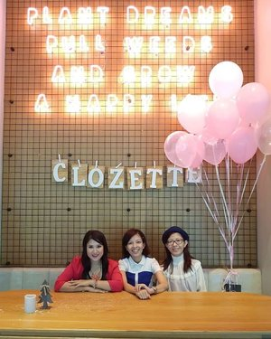 Jet, Set Go! ✈ Thanks @glammama.sg and @clozetteco team for having us once again for Clozette Annual Party this year! We had such a fabulous time mingling over lunch! Thanks as well to @senka_malaysia and @anessa_malaysia for the goodies and @botanica.co for the scrumptious spread!🎈🎉🎊 #clozetteparty2018 #061018  #latergram #saturdaychillin #botanicaandco #clozetteparty #clozette #senka #anessa #annualparty #annualmeetup #partygoers #instaphoto #instapic #igers #influencer #socialmediainfluencer #blogger #lifestyleblogger #malaysiablogger #starclozetter