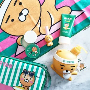 😍 One of the cutest collaboration! THE FACE SHOP X KAKAO FRIENDS Play with FRIENDS Club collection. Super adorable Sporty Ryan! The products include everything from make-up to skin care and sun care items, some of which are Lip Tints, Blush, Blotting Powder, Face Mask, Body Lotion and Body Wash products My favourite going to be the Avocado Body Wash! 🥑 Look at the Sporty Ryan bottle, definitely worth to collect it! 💚 Now available at all @thefaceshop_sg stores. . . . #thefaceshopxkakaofriends  #thefaceshopsg #thefaceshop #Beauty #skincare #beautysg #sgbeauty #bodycare #makeup #kbeauty #koreanbeauty #gifted #clozette