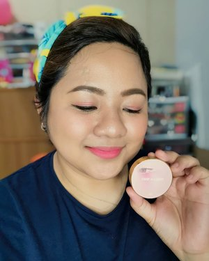 The #3CE Take a Layer Multi Pot is one of my best purchases ever! 😊  They are easy to use, pigmented but easy to blend and long-lasting! 😍  I love this on my eyes and cheeks. On my lips, I prefer a more moisturizing lipstick. 💄  Find this on shopee or at yesstyle.com (use my code PLUMPCHEEKS3 at checkout) 💜  #makeupaddict #makeupporn #makeupjunkie #makeupmafia #makeupgeek #makeuplover #photooftheday #makeupmess #beautyjunkie #makeupvanity #makeupholic #makeup #makeupph #beauty #bbloggers #bbloggersph #clozette #kbeauty #stylenanda #takealayer #morningskinny #yesstyle