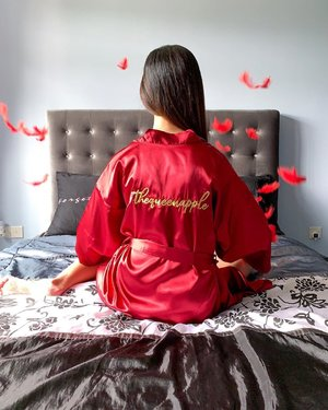 Wearing @23crafters' Satin Bridal Robe in Wine Red, with my IG handle embroidered on it! . It's no-brainer that i love personalised gifts & this is absolutely perfect for a bridal party, or for your bridesmaids! Great for daily wear at home as well! I'm gonna wear this to celebrate 🇸🇬🇸🇬🇸🇬 National Day at home! . There's various colours for the bridal robe & you can choose the fonts as well! . Check out more customised gifts at http://23crafters.com and enjoy 10% discount off Preserved Roses & Bridal Robes when you enter promo code ! . #23Crafters #SupportLocalBrands #SingaporeBrands #CustomisedGifts