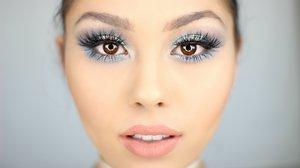 Bright Blue Smokey Eye Tutorial - YouTube