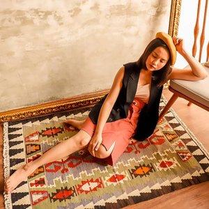 Jumat malam selalu macet ya di jakarta, harus sabar akutu 🧡 Taps for details #shoxsquad 📸 @lets_photoo . . . . . #positivevibes#goodvibes#love#lookbook#ootd#holiday#staycation#travelling#travelphotography#style#fashiondesigner#fashionstylistindonesia#fashionblogger#fashionista#fashionstylist#travelblogger#traveller#lifestyleblogger#jakarta#indonesia#indonesianblogger#blogger#summer#photography#photooftheday #clozette #clozetteid