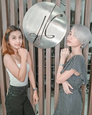 With my fellow #HGBeauty @dianneantigua 👭🏻 Thinking of pampering yourself before the long weekend or probably before the Christmas season? Well check out @hghair.mnl @hgnails.mnl & @hgskin.mnl for promos! 💯  You can also use our discount codes: HGBeautyxCamille or HGBeautyxDianne 😉👌🏻 Happy pampering y'all! 💋  #HGBeautyCircle #iAmHGBeauty #WeAreHGBeauties 👑