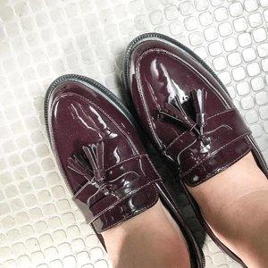 新鞋纸😂   New Shoes😌 #taobao #shoptaobao #pmmefordetails #shoes #shinyshoes #loafers #femaleshoes #clozette