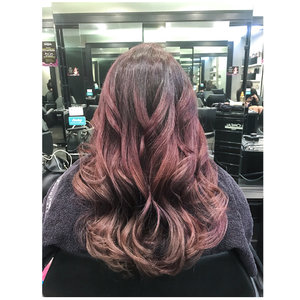 Hello New Hair! This time we are going gradient. Would this be your new hair goal? Swipe to see more. #artistryhairprofessional #hairgoals #clozette #artistryhair