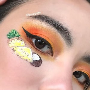 {For all the Virgin Piña coladas I had on vacation}  Gotta say I miss doing face doodles and eyeshadow looks so it was nice doing one after a looonngggg time! Easing back into doing eyeshadow looks so I kept it simple and focused on the face doodles, which are in honor of all the (Virgin) Piña coladas i had in Puerto Rico 😛  Which picture do you prefer? I used both natural(1) and bathroom(2) lighting. Natural lighting washed out my detailing so I had to do some edits. Couldn't decide which was better so I'm posting both! _____  🌴Brows🌴  @anastasiabeverlyhills @anastasiasoare @norvina @abhjunkiess Brow powder duo & clear brow gel  🍍Eyes🍍  @plouise_makeup_academy Base in rumor 02 @juviasplace Zulu palette  @eyeko Skinny liquid eyeliner in black through @ipsy  @thrivecausemetics Liquid lash extension mascara  @ibybeauty Radiant glow highlighter in Prosecco for inner corner and browbone (also through #ipsyglambag)  🥥Details🥥  @jeffreestar @jeffreestar Velour liquid lipstick in equality, weirdo, dominatrix, family jewels @inglot_cosmetics @inglot_usa AMC gel liner in 76,84; duraline  _____ #clozette #pinacolada #vacationvibes #motd #wakeupandmakeup #sgmua #nycbeauty #aspiringmua #blazin_beauties #undiscovered_muas #underratedmuas #makeupinspo #creativemakeup #facepainting #anastasiabeverlyhills #norvina #abhprsearch #thelist #juviasplace #eyeko #thrivecausemetics #jeffreestarcosmetics #inglotcosmetics #ibybeauty #ipsy #womenowned #plouisebase 