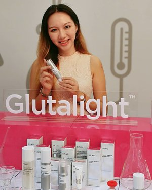Do you want fairer complexion but not open to consuming pills and the use of needles? Glutathione has been consumed orally as an antioxidant-rich skin lightening supplement and also as the main ingredient for whitening injections. We can now skip these as Dr. Wu's Glutalight Whitening System uses Glutathione as their ingredient, adopting advanced patented Japanese technology to develop an extremely stable yet effective form for direct application. Experience 5 treatments in 1 bottle, creating perfectly white skin 😍😍⁣ ⁣ These @drwu_my products will be available at @sasamalaysia from May 2019 onwards.⁣ #drwumalaysia #drwu #drwuskincare⁣ •⁣ •⁣ •⁣ #clozette #beauty #skincareproducts #bloggerstyle #bloggerlifestyle #bloggers #startuplife #motivation #businessowner #hustle #success #entrepreneur #marketing #businesswoman #entrepreneurship #entrepreneurlifestyle #businessowners #motivated #startup #successful #asianbabe #ulzzang #ulzzangstyle #오빠 #influencer #socialmediamarketing #positivevibes