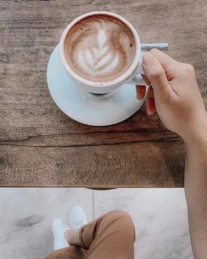 What Mondays are made of.. ☕️🥰