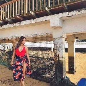 """I want to be near the sea, but I don't want to be in the sea"" 😂 #clozette #ootdsg #beachlife #sgfashionweekly"