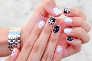 Marbled x 3D nails