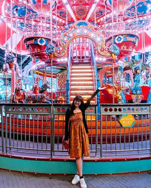 To the not-so-brave (like me), the little kids and ootd fans - don't worry, Skytropolis Funland has you covered as well with plenty of fun low-thrill rides! And of cos, the best place to take your ootd and Insta-worthy will be at the carousell la 😂🎠 #clozette #mediatripbutownopinion #skytropolisindoorthemepark #skytropolisfunland