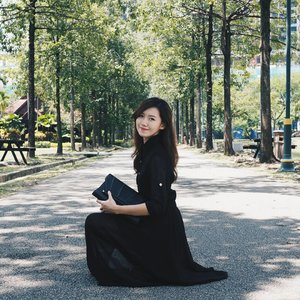 Call this black dress from @lebelle18_boutique your own with Malaysia's Biggest Online Sale #MYCYBERSALE from 9th to 13th October 2017! Shop now @lebelle_18 boutique because they are having 25% discount off any of their items during this period :) Shop at:  http://sushivd.com/lebelle  #SushiVidMCS #LeBelle18 #SushiVid