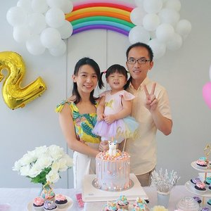 Thanks for all the well wishes and this definitely turned out to be a magical and memorable birthday party for us. We hope you all enjoyed it and shared our happiness ✨🌟🦄️ #unicorn #unicorntheme #darlinggirl #yuehtong #clozette #birthdayparty #100markscmissioncompleted #tiredtothemax