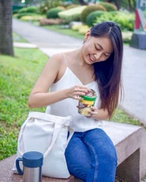 Who says you can't have Arroz Caldo on-the-go? With @knorrph Hot Meals, I can enjoy a cup of Arroz Caldo in an instant whether I'm on my way to an event or a meeting. It's delicious, filling, convenient and affordable at only Php35! Try one now.😋 #KnorrHotMeals #foodporn #foodie #foodgasm #foody #foodphotography #foodstagram #foodies #foodlover #foodbeast #foodoftheday #sp