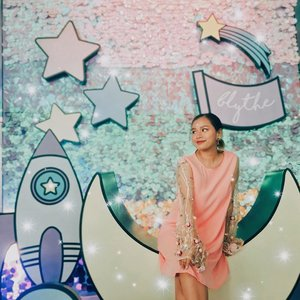 Ugh, my love for everything cosmic, magical and pastel. Pa-awra lang ang momshie nyo! 🔮🌟💫🌙💓 #BlytheByCareline
