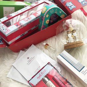 I woke up to Christmas gift sets 🎄🎅🏻 Time to shortlist some gift sets for your Christmas shopping! 🌟 #freshlovesg #thebodyshopsg #porcelainfacespa
