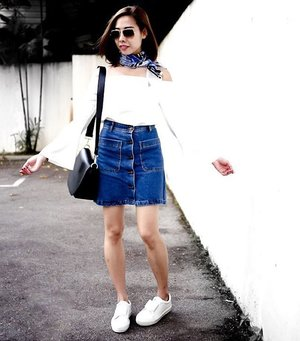 The last breath of the weekend with flare sleeves and denim skirt...#Clozette #stylexstyle #ootdsg #lookbooksg #ootd #sgig #sgfashionistas #fblogger #welovecleo