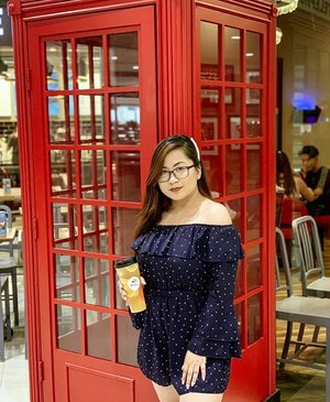 From the Lion City to the Pearl of the Orient Seas. 🌊  A fruit tea brand from Singapore is finally here in the Philippines. ❤️ @hiteasingaporeph uses cold brew tea because it has shown to reduce bitterness and heightened aroma. This makes their drink refreshing, delicious and at the same time Healthy! 😍  They are now open at Robinsons Metro East, Pasig. Hurry and try their cold bree teas now! ❤️ #clozette #coldbrew #coldbrewtea #coldbrewcoffee #coldtea #fruittea #fruity #foodblogger #modeblogger #fruitstagram #ootdfash #hiteasingapore #hiteasingaporeph