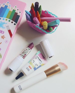 Using my daughter's toy as props today because it's her birthday 🎉 and in other news, I just realize it's been a while since I last bought makeup, Etude House got my funds as usual. Happy humpday! #clozette