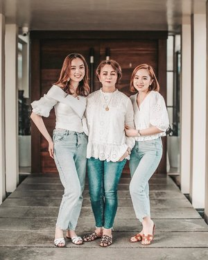 👩👧👧💕 with mom & sis 🥰 ... more photos from our Mother's Day shoot by Carlo of @redepicproduction on the blog now. #linkinbio #sheiloves #myfamily #momanddaughters #clozette