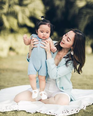 My first Mother's day celebration thanks to this little dumpling! Motherhood truly is an amazing gift and I am beyond grateful because it wasn't an easy journey for me to become a mother. I know for some of you, Mother's day can be quite hard coz I was once in your shoes battling with infertility and dreaming of becoming a mom one day. Let me just remind you to never give up, and that there's is always a perfect time for everything. Know in your heart that you are already a mom for you are already making sacrifices to the countless visits to the doctors, the hundreds if not thousands of needles you take, and the countless pain you go through just to bring your future baby into this world. You are already a supermom to your future child, and for that you are also celebrated and let it be Mother's day all year long. Let's us spread love and prayers. Happy Mother's day once again! 💐❤️(read about my journey on blog, link in bio) Tag your super-friend below. 😘💕 . . (📷 by @redepicproduction) #sheiloves #sheilovesriley #mamablogger #motherhood #ivfsuccess #mamaandson #clozette