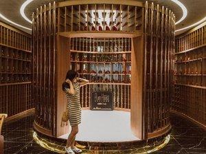 Fancy some rum? 🥃 . . . . . #clozette #clozetter #starclozetter #instagood #rum #rumhouse #me #myself #clozetteco #crayyzeetravels #crayyzeeinchina #crayyzeetravelogue