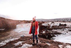 Goðafoss 65.6828° N, 17.5502° W  #YuniQuetravels #YuniInIceland
