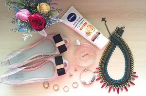 Happy Tuesday! 💕.#NIVEAsg #NIVEA #ultimatefashionstatement #body #serum #extra #firm #firming #UV #whitening #skincare #everyday #essentials #fashion #accessories #Melissashoes #MelissaxJasonWu #shoes #flaylay #pink #ootd #style #stylish #beauty #clozette