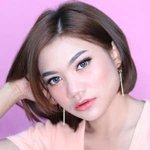 #selfie setitik . . . . . . #makeuptutorial #indobeautygram #tampilcantik #beauty #makeup #cchannelbeautyid #beautyenthusiast #beautychannelid #dwiendahpusparini #tasyashoutoutfarasya #bunnyneedsmakeup #wakeupandmakeup #bandungbeautyvlogger #beautybloggerindonesia #beautyjunkies #flawlessmakeup #motd #makeupoftheday #instamakeup #popbela_com #clozette #cchannelfellas