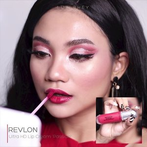 Flirty Red Makeup Look ?😂💋 . Jadi aku awalnya bikin look ini pake satin lip , eh nemu lip cream merah yg lain akhirnya aku bikin matte lip lah . Wanita ya , padahal warnanya sama , beda dikit doang tapi tetep aja gatel . . Padahal suamiku pasti ga bisa ngebedain pas aku ganti lipstick !😂 . Detail nyusul ! . . @beautybloggerindonesia @indobeautysquad @bloggirls.id @setterspace @tampilcantik @bandungbeautyblogger @ragam_kecantikan @indobeautygram @cchanel_beauty_id @bandungbeautyvlogger @bloggermafia @popbela_com @beautygoers #makeup #makeuptutorial #beauty #beautyenthusiast #motd #makeupoftheday #wakeupandmakeup #bunnyneedsmakeup #beautybloggerindonesia #ivgbeauty #eotd #clozette #clozetteid #girl #indobeautygram #beautygoersid #instamakeup #undiscovered_mua #setterspace #dwiendahpusparini #nyxcosmetics #mnyitlook #photooftheday #muabandung #ccchanelbeauty_id