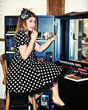 But first, makeup! #Clozette #StylebyMgrazielle #polkadress #vintage