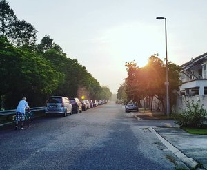 Nothing stop us for morning walk Good morning 🌅 everybody!  #healthy #lifestyle #goodmorning #morning #exercise #healthylife #influencer #like4like #likeforlike ##followforfollow #follow4follow #clozette #bloggerbabes #joanneweejourney #blogger #YouTuber