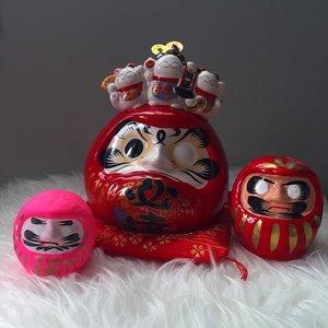 Welcome to the Family 💕💓💗✨#Daruma #manekineko 🇯🇵🇯🇵 #達磨 #luckycat #fortunecat #wishingdoll #goaldoll #clozette