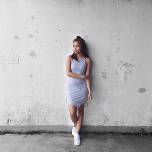 Grey. #clozette #bloggersph #ootd