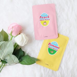 No matter how busy you are, don't forget to pamper yourself by using mask sheet ay least twice a week. Banana and peach are my favorite fruits, now my skin can eat them too! 😆 . . . #clozetteid #clozette #fdbeauty #beautybloggerid #masksheet #apieu #kbeautyblogger #kbeautyblog #potd #picoftheday #whywhiteworks