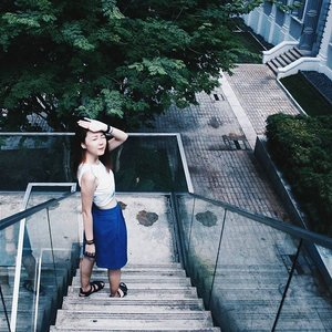 Hang in there! The glistening bright weekends are coming soon! 📷:@jeslynexsoh  #OOTD #clozette #stylexstyle #sglookbook #WIWT #afstreetstyle #lookbooksg