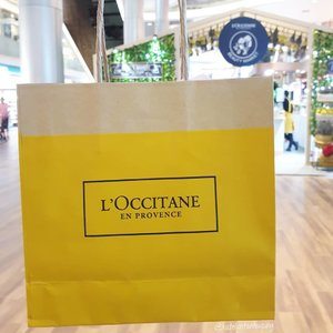 Have you checked out @loccitanesg Beauty Market? Admission is free, and there're lots of instagram-worthy spots! What's more, get to bring home samples of their best selling products by completing 6 interactive stations! If you're in the area, do drop by @ion_orchard basement 4 from now till 9 July! @loccitane #LoccitaneBeautyMarket #LoccitaneSG #Loccitane #beauty #clozetteco