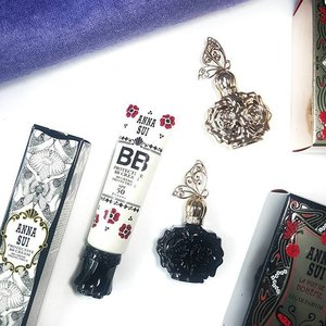 B E  P R O T E C T I V E // @officialannasui has jumped onto the bandwagon and produced 2 kinds of BB Creams; Protective and Illuminating. There are 2 shades for each of them and has Anna Sui's signature Rose scent. Check out the blog to see what I think of it! 😊 #clozette