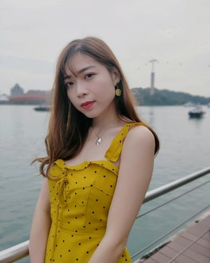 Counting down... Two more weeks to my long awaited holidayssss😉......#holiday#ootd#sgootd#friyay#tgif#sgootd#sgfashion#yellow#dress#wiwt#throwback#sgig#igsg#instaootd#friday#sgstyle#clozette#stylexstyle#ootdmagazine