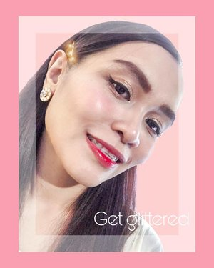 Get glittered with @altheakorea ✨ 👀 Sunrise to Moonrise Eye Palette for my Eye Makeup. 👁 Flawless Creamy Concealer under my eyes. 👄 Watercolor Cream Tint on my lips.  Simple makeup tutorial and review about these beautiful makeups of Althea is now on my blog post (link in bio). 💕 #clozette
