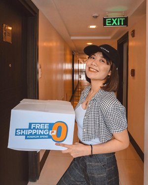 Shopee delivery! 🗂 All smiles because Shopee is celebrating 9.9 with FREE shipping and NO minimum spend until September 9! If you're a new user you can use my code SHP99SHINE to get 100 pesos off! Enjoy shopping! 🧡