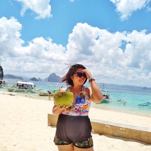 Cheers to the buko life! There's a funny story behind this photo and reality check, the buko is heavy. 🤣 . . . #qingTravels #clozette #grammerph #lostinph #travellingpinoy #femaletraveller #musttravelph #travelphilippines #pilipinasdestination #adventurephilippines #ig_philippines #discoverphilippines #chooseph #experiencethephilippines #femaletravellerph #the_ph #ilovephilippines #discovermnl #pinasmuna #seepilipinas #pinaswonders #itsphilippines #wanderph