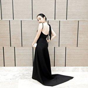Wearing my own creation -  @jamsyperez last night at E! Bloggers Ball! 💫 Congratulations @e_philippines and thanks for having us! | #sheisJAMSY #EBloggersBall #Clozette