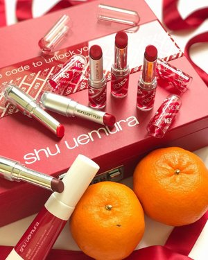So I've posted about these before but the @shuuemura #RD163 #lipstick shade is really such a perfect Chinese New Year #redlipstick that I just haaad to post again! It's also supposed to complement Asian skin tones too. It's a medium #red (so not too bright / dark / neon, but definitely will pop when worn because red lips always just pop unless they're very sheer / more like a stain imho), and has a fairly neutral undertone that is just the slightest titch warm. It also comes in 3 finishes of matte, satin and lacquer. Personally with my dry lips right now I'm more partial to the lacquer finish (the which is also a high shine one, dry lips problems lol) but people seem to really like the matte one around here because that's a bit more on-trend right now. All lovely finishes though! . . . #beauty #makeup #cosme #shuuemurasg #shuuemura #cosme #lipsticks #red #nofilter #clozette #shuuemuralipstick #asianbeauty #asianmakeup #abblogger #japanesebeauty #japanesemakeup #makeupobsessed #makeupaddict #makeuplover #makeupjunkie #makeupaddiction #rasianbeauty #asianbeautyblogger #beautybloggers #beautyaddict