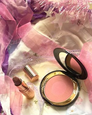 My first ever @ctilburymakeup #makeup items! Thanks @nkthu32 you are the best! This is the #lipstick in Very Victoria and the #cheektochic #blush in Love Glow. Both are such romantically named products, haha, end the shares look so lovely too! . . . #beauty #clozette #charlottetilbury #charlottetilburymakeup #charlottetilburylipstick #blusher #mattelipstick #blusher #charlottetilburysg #ctilburymakeup #ctilbury #cosme #cosmetics #makeupcommunity #makeupaddict #makeupjunkie #makeupaddiction #makeupobsessed #makeupporn #beautybloggers #beautyaddict #beautyjunkie #cosme #beautycommunity