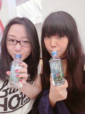 #welfie with the bestie with our fiji water @ #dfw last weekend ☆